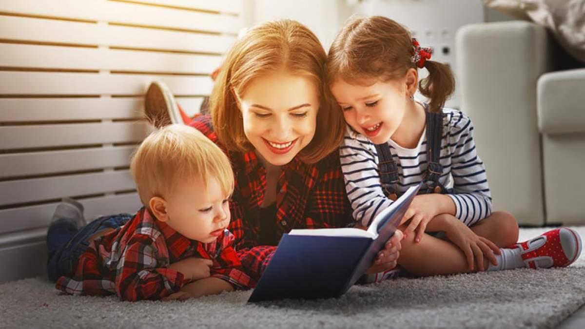 Чому варто читати дитині вголос та як це впливає на розвиток малюка: дослідження