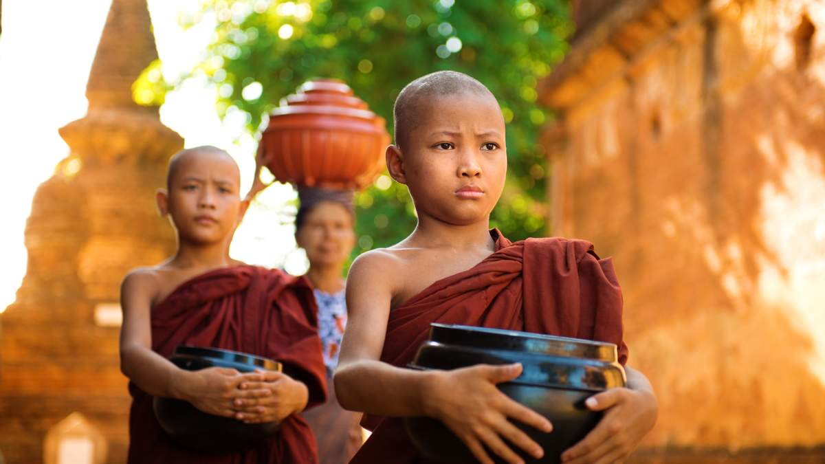 """Без тілесних покарань та поводяться """"як з царем"""": чим корисний тибетський спосіб виховання дітей"""