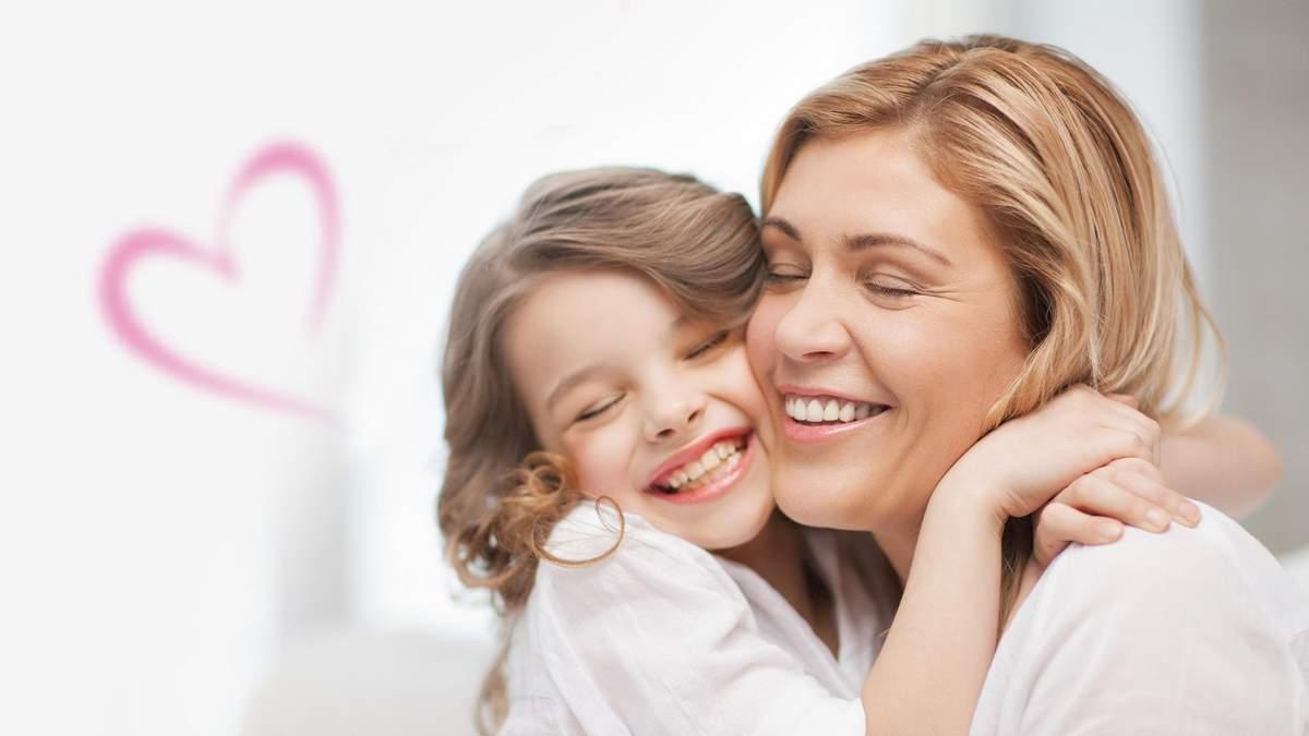 5 важливих уроків, яким батьки повинні навчити своїх доньок про здорові стосунки