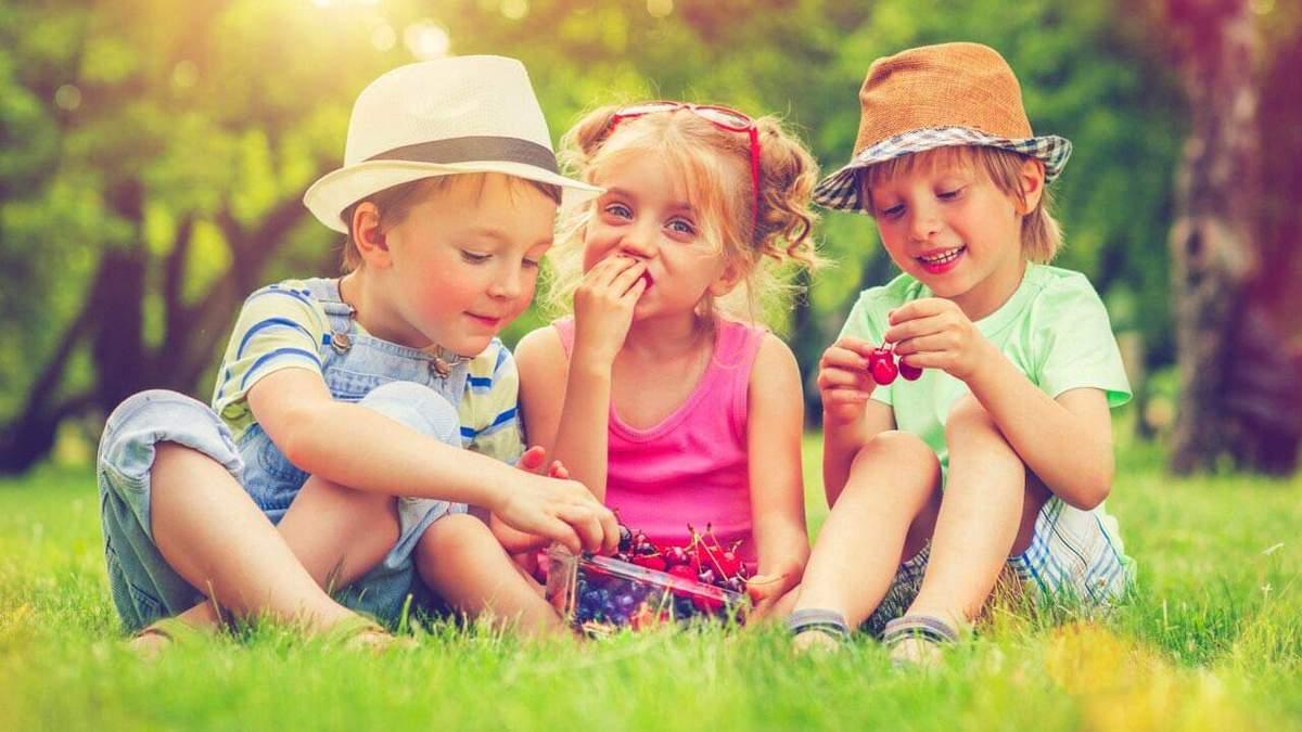 Як батьки програмують своїх дітей на щастя – дослідження психологів