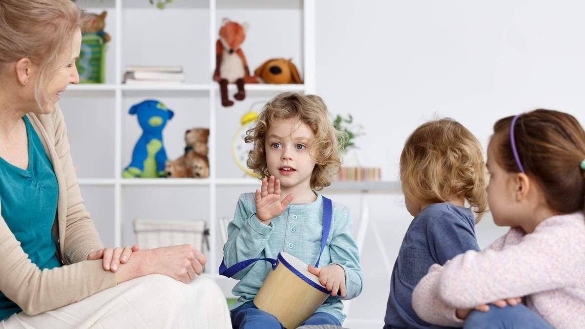 Как провести первую встречу с ребенком из интерната: инструкция для приемных родителей