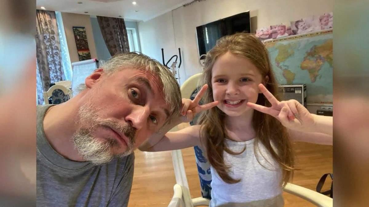 День батька 2020: про батька, який самостійно виховує дочку