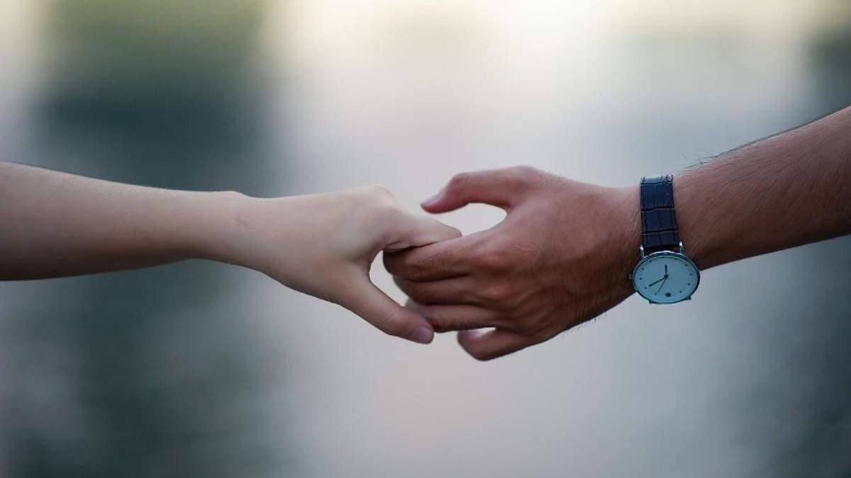 LovelsNotTourism: закохані у світі роз'єдналися через закриті кордони