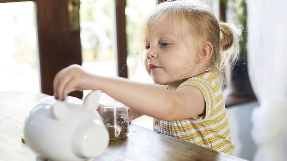 Как говорить с ребенком о деньгах: советы и ошибки родителей