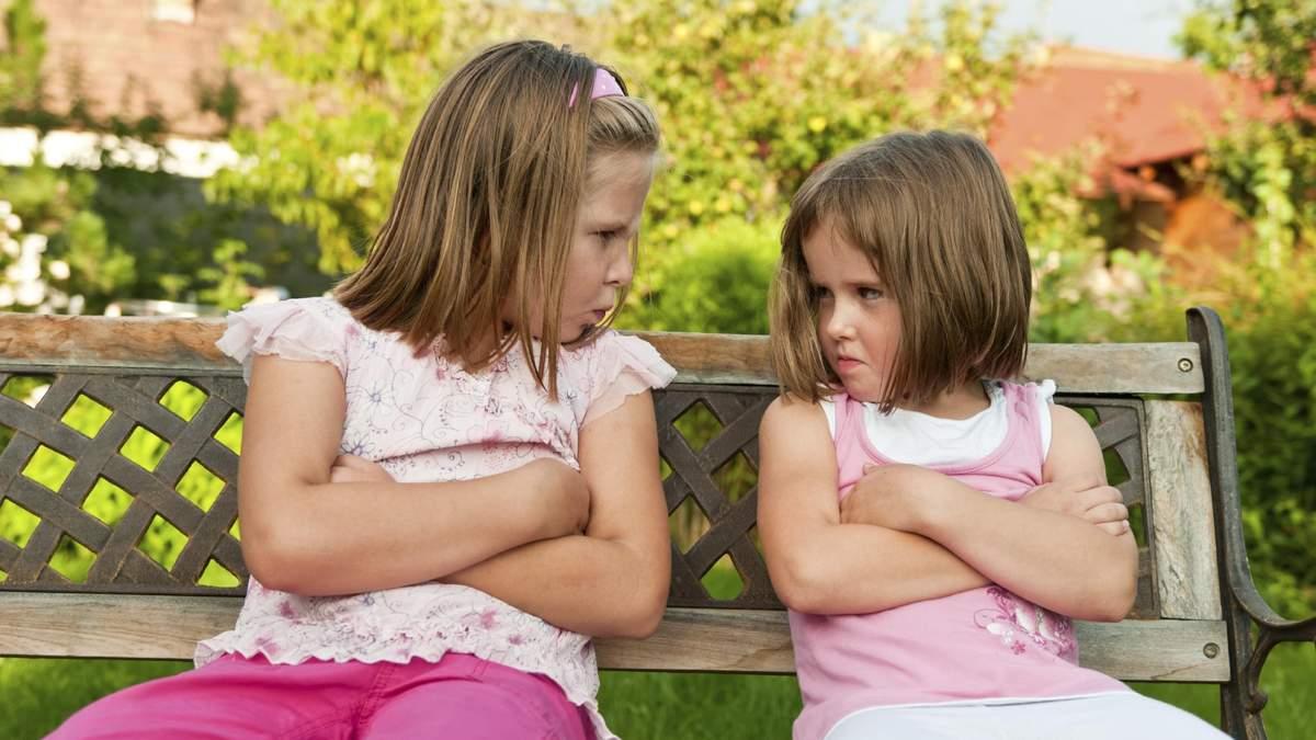 Нужно ли родителям вмешиваться в детские ссоры, как реагировать