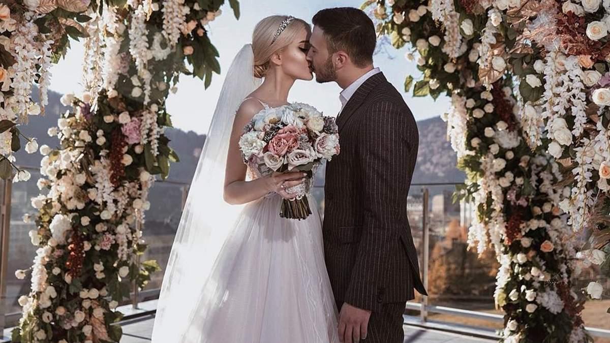 Річниці весілля по роках: що дарувати та як святкують