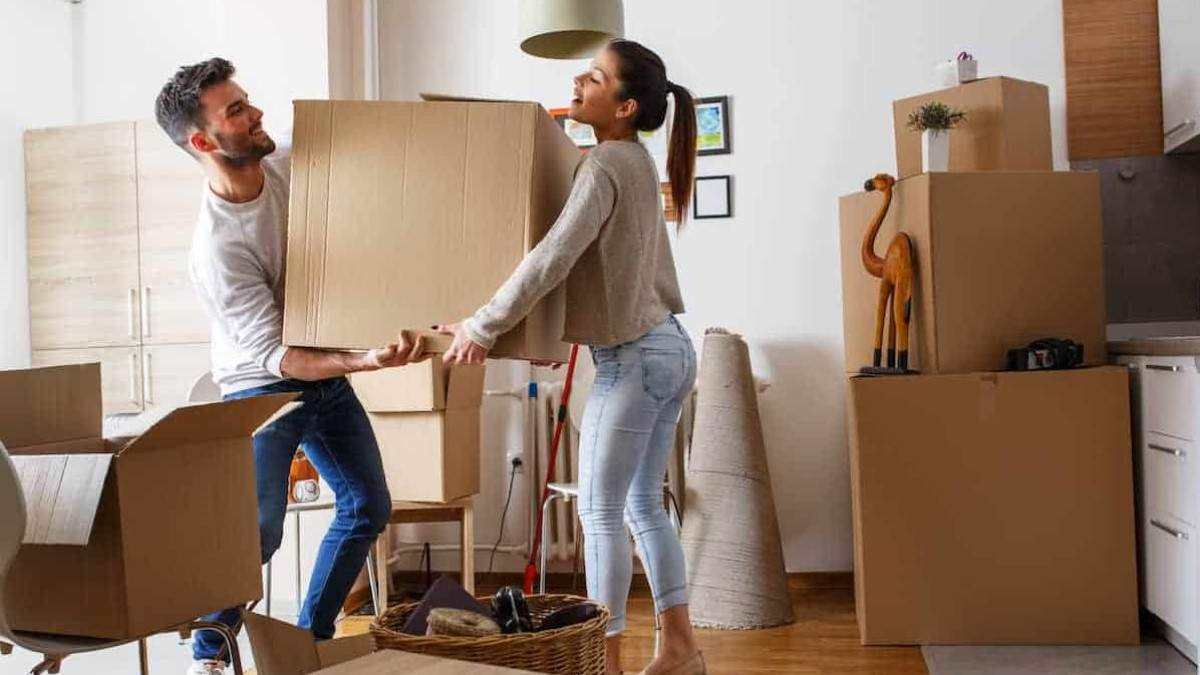 Переезд на новую квартиру: советы для пар