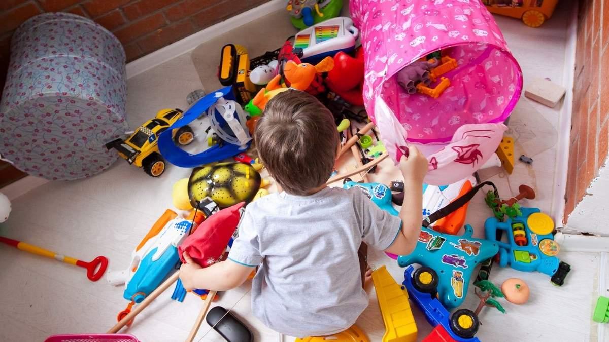 Дитячі іграшки: практичні поради для мам