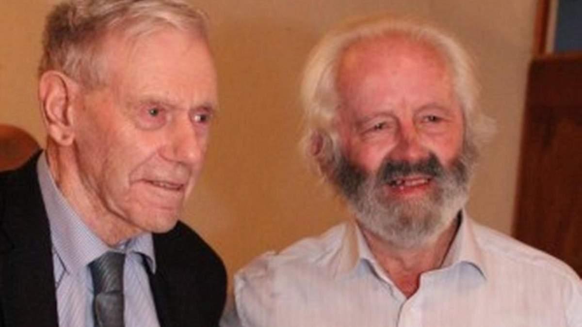 Мик Бурк 70 лет посещал фестиваль одиноких сердец