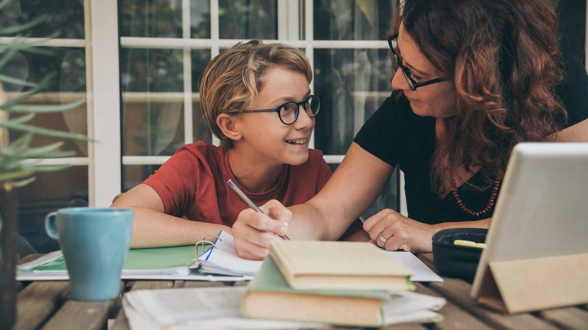 Навчання вдома: як батькам правильно займатися освітою дітей