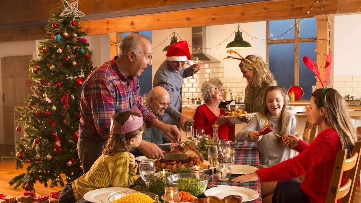 Какие новогодние традиции можно начать в семье: интересная подборка