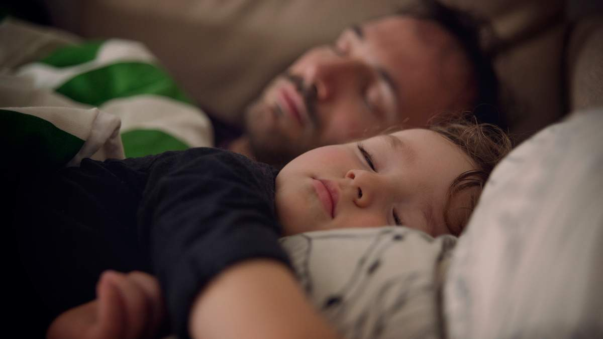 Як вкласти дитину спати: 5 хитрощів, які допоможуть батькам