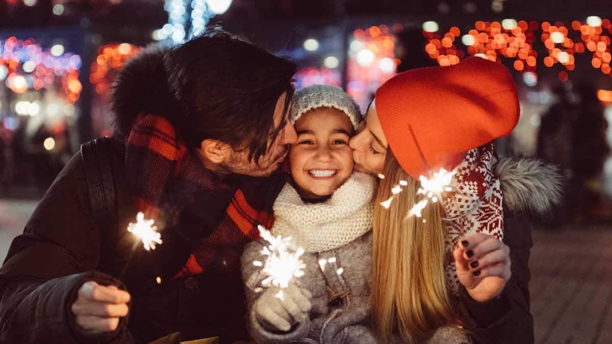 Как отпраздновать Новый год с детьми дома: интересные идеи