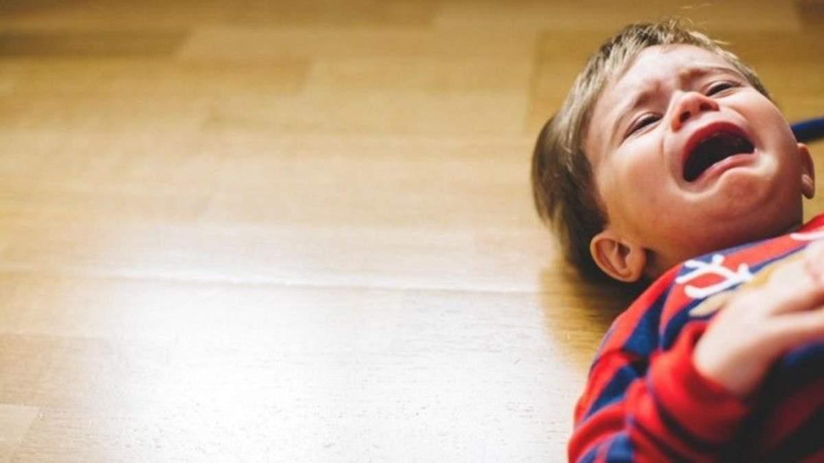 Криза 3 років: які прояви та що робити батькам