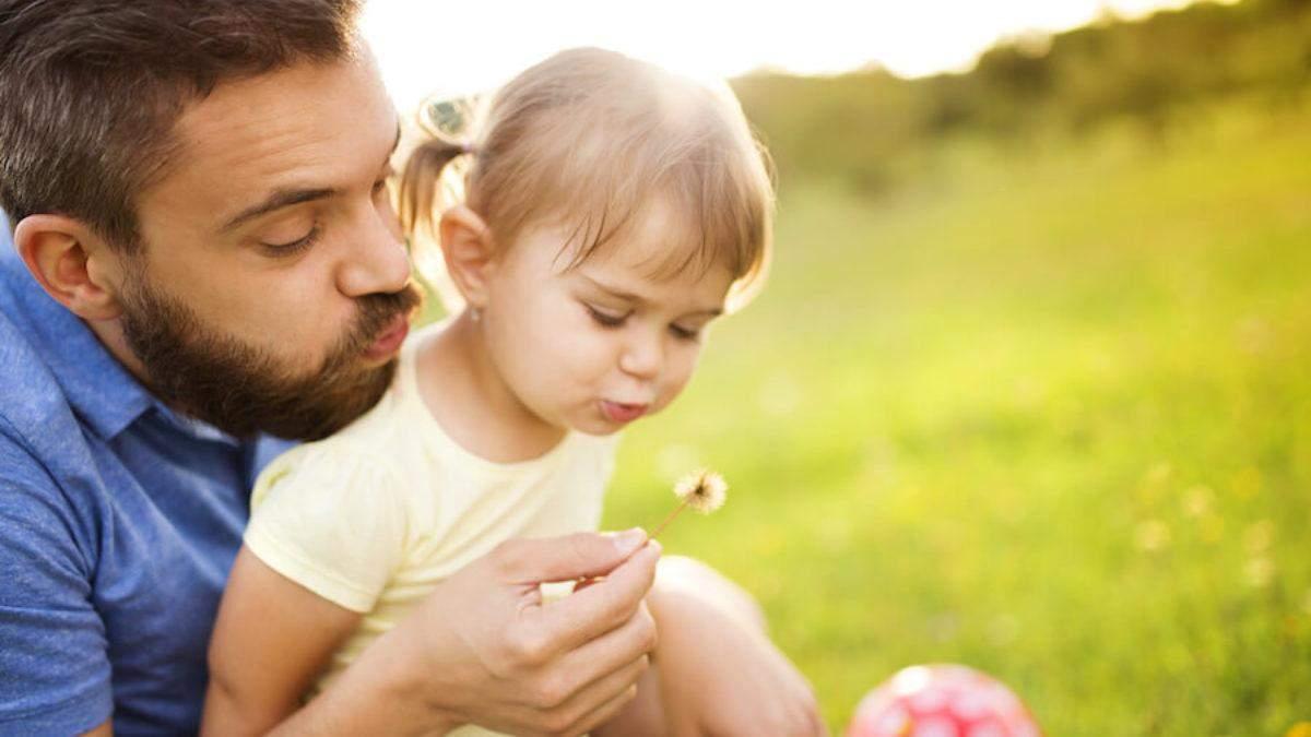 Роль батька в житті дитини: чому уникає спілкування з малюком