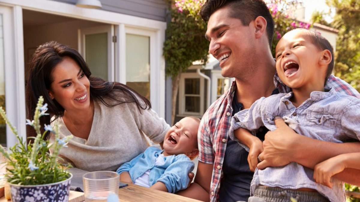 Секрети генетики: які зовнішні особливості дитини залежать від батьків