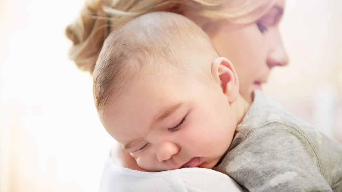 Дитяча мова та сюсюкання: зміна голосу мами при розмові з малюком
