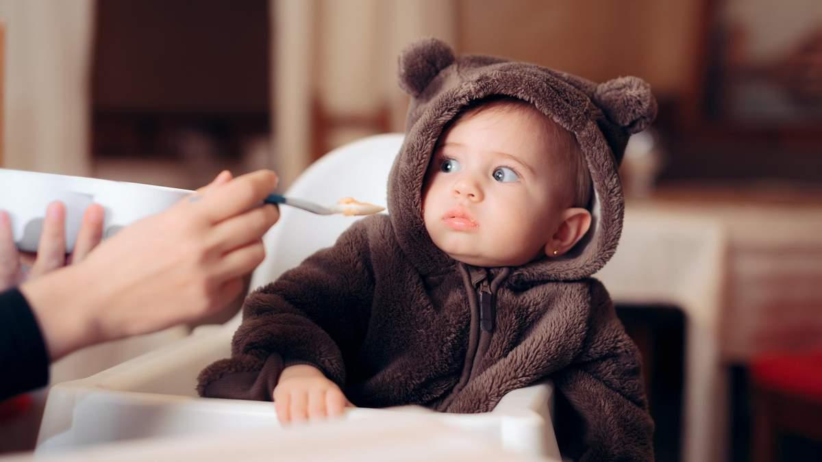 Питание до 3 лет: какую пищу нельзя давать ребенку