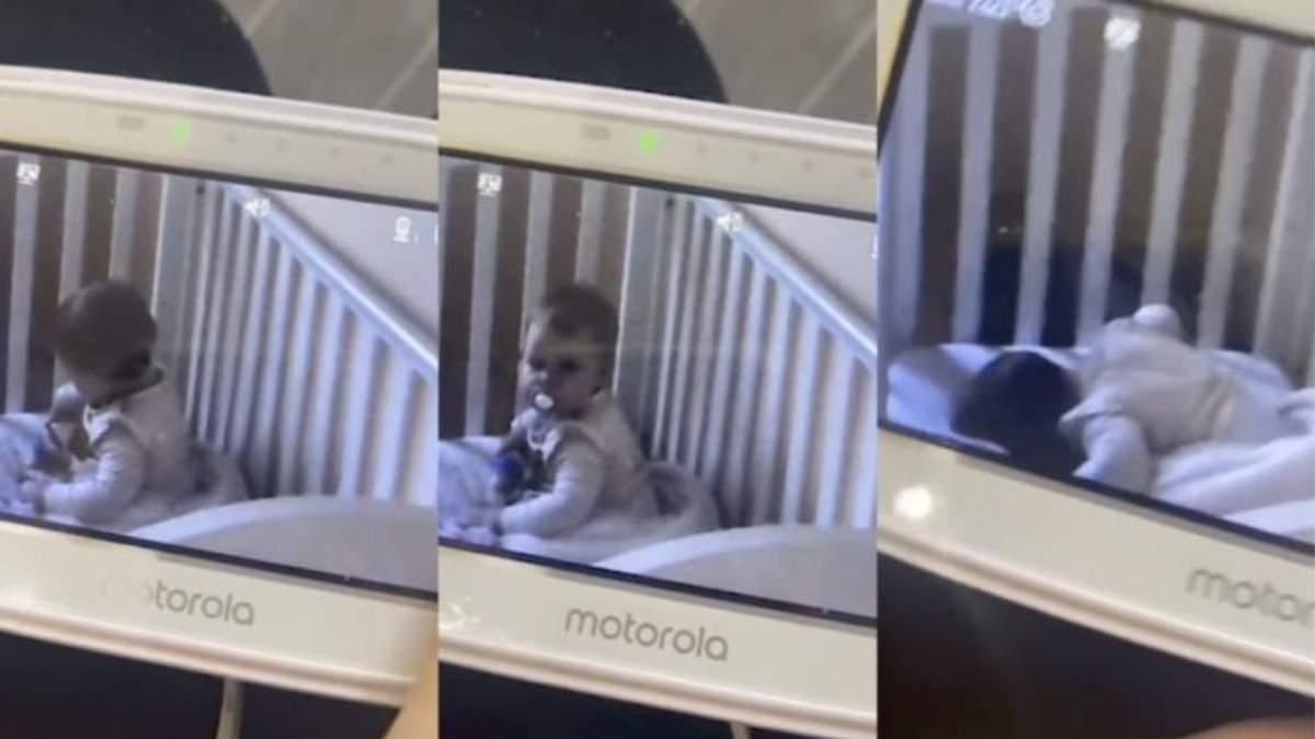 """1-летняя девочка пыталась перехитрить """"видеоняню"""": смешное видео"""
