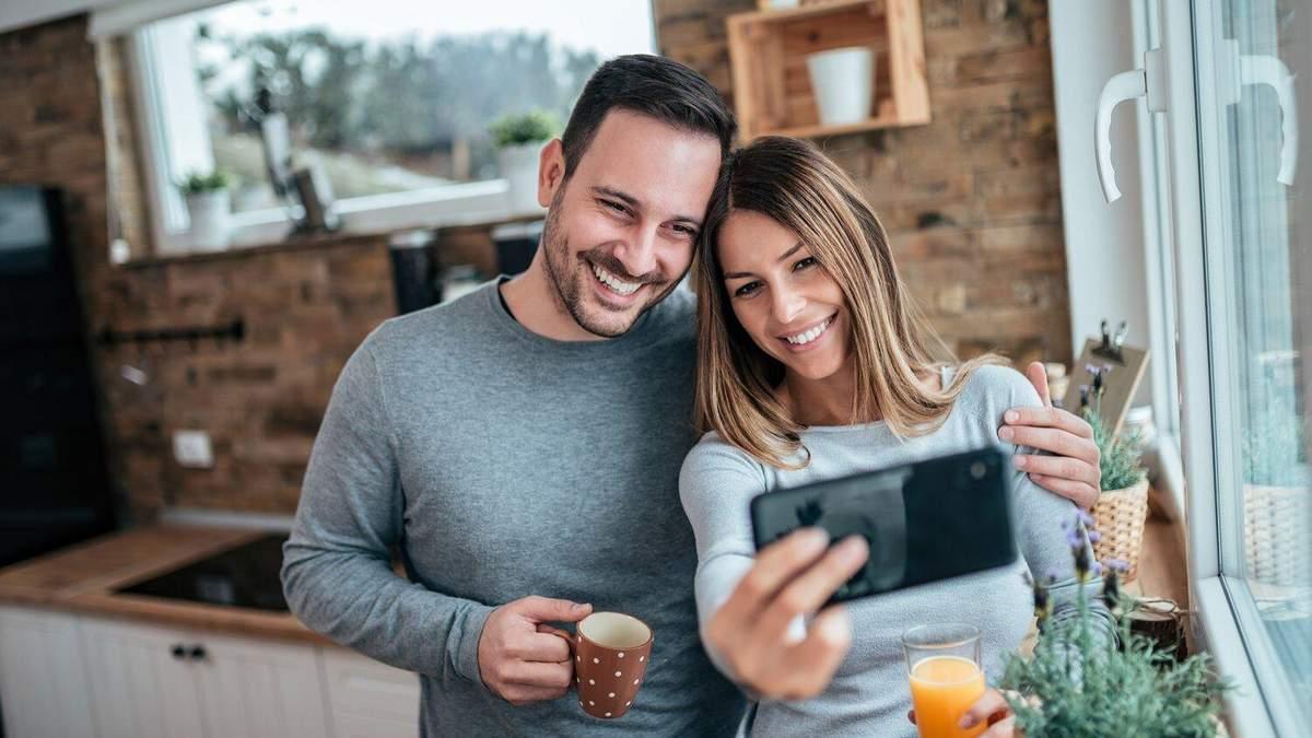 Як соціальні мережі руйнують стосунки: 4 поширені проблеми
