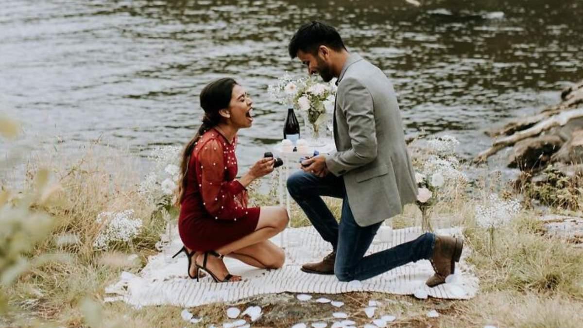 Закохані випадково зробили одне одному пропозицію: відео та фото