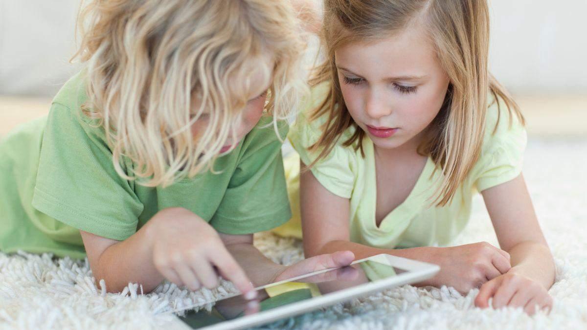 Почему скука полезнее для детей, чем смартфон