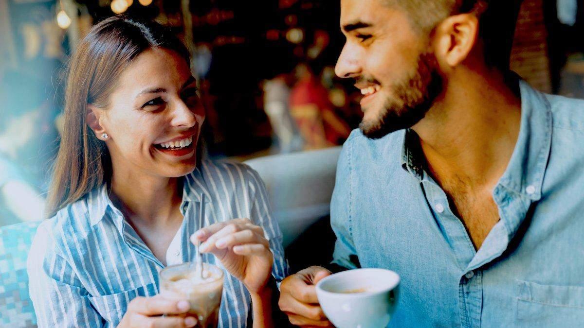 Первое свидание: признаки, указывающие, что партнер обманывает
