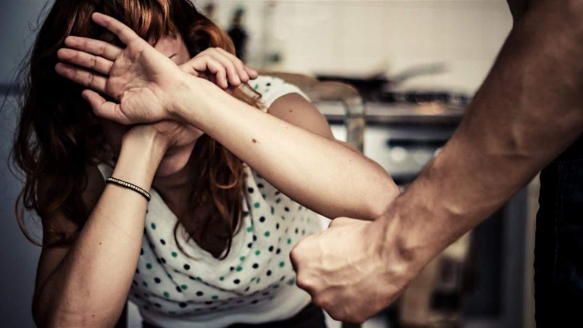 Тирания в отношениях: какие опасные методы воздействия использует партнер