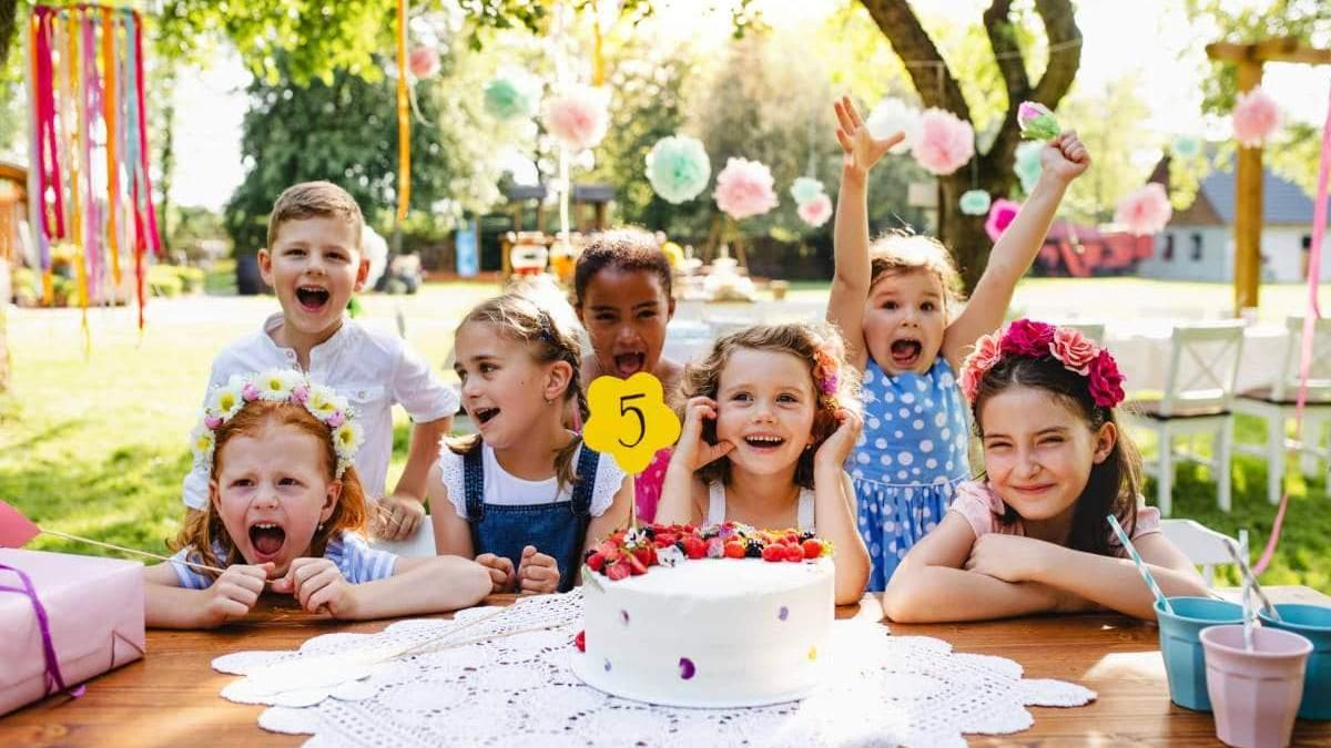 Запреты, курьезные истории и создание программы детского праздника: секреты актеров-аниматоров