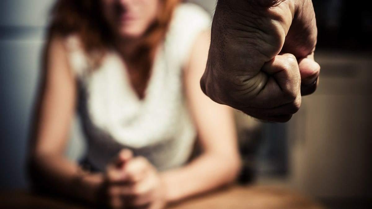 На поддержку пострадавших от домашнего насилия выделят деньги