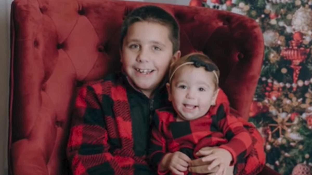 8-річний хлопчик врятував 1-річну сестру завдяки урокам від Джона Сіни