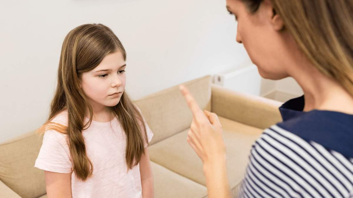 Дитина обманює батьків: як позбутися поганої звички