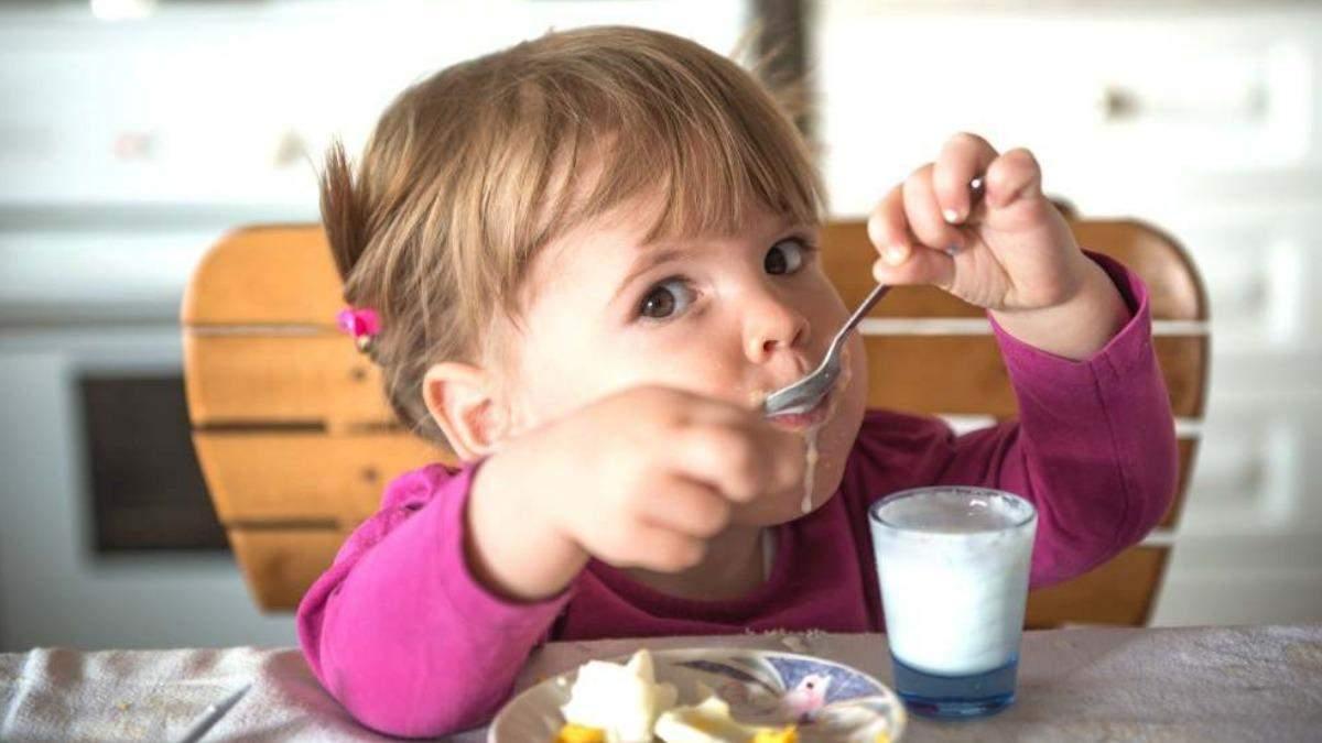 Як має харчуватися дитина: 5 поширених міфів та їх спростування