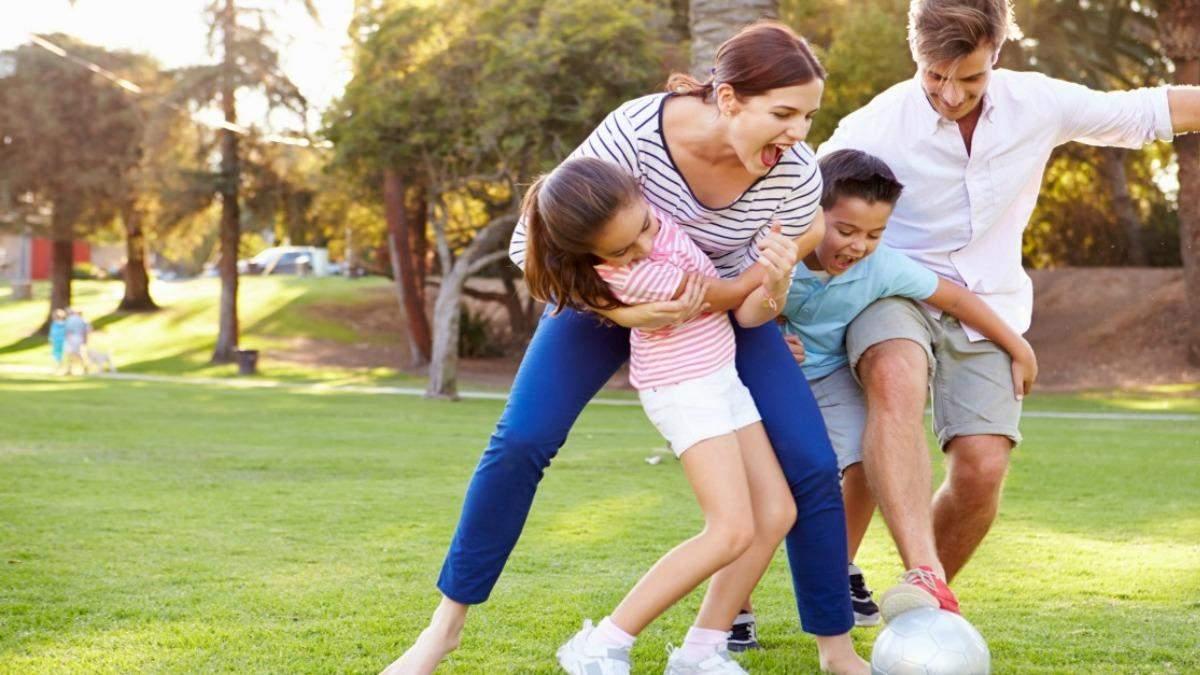 Чим можна зайнятися з дитиною влітку: 50 цікавих та унікальних ідей