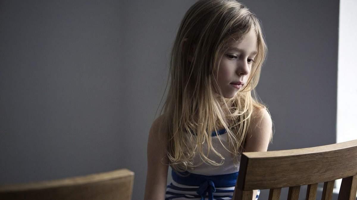 Плохое поведение ребенка: какие 4 вопроса помогут родителям