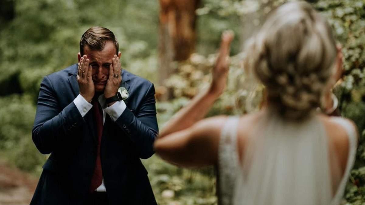 Фото, когда жених впервые увидел любимую в свадебном образе