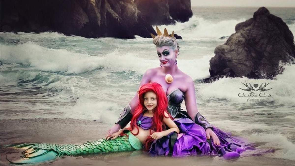 Мама с дочкой в образе злодейки и принцессы