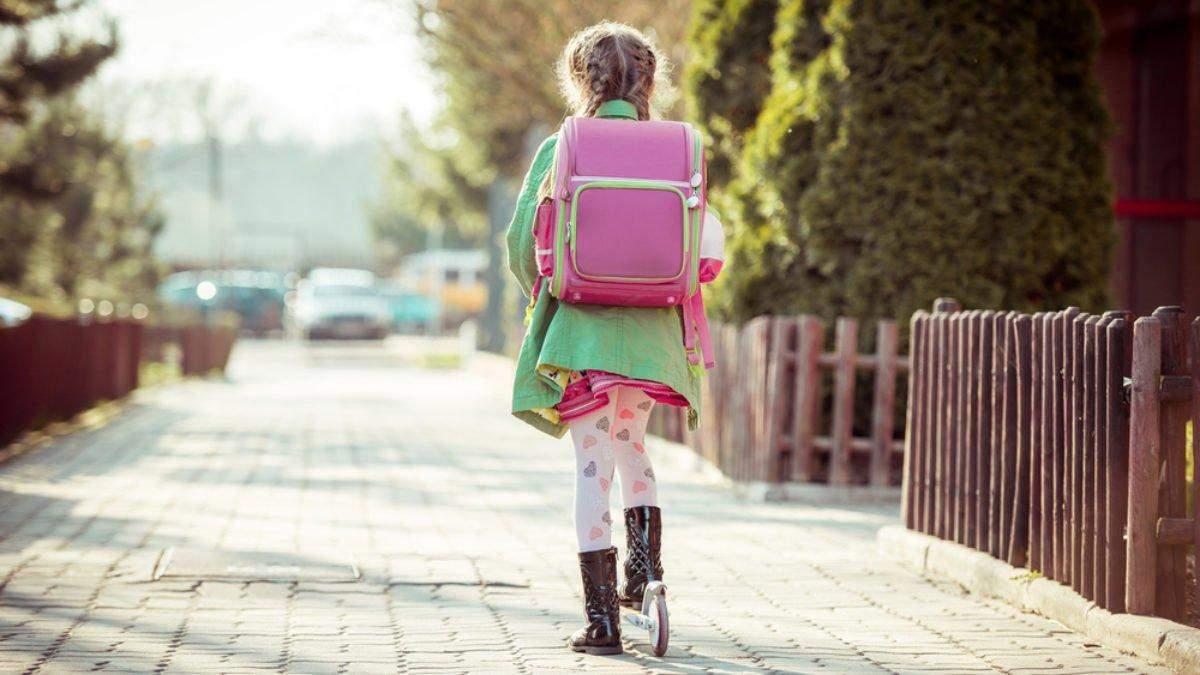 Як дівчинка врятувала дитину від викрадення одразу біля школи