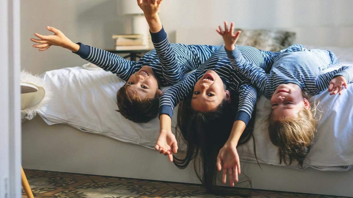 Багатодітна сім'я: що батькам не можна говорити старшому малюку