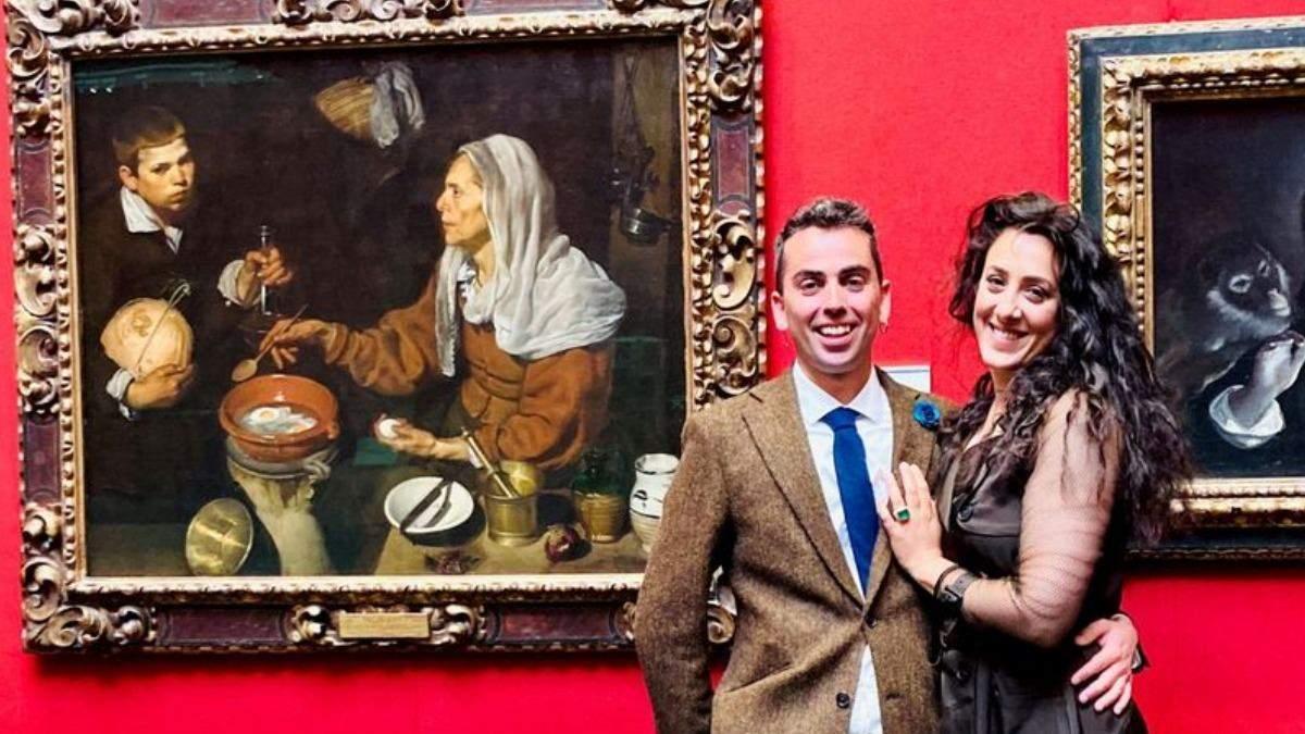 В галереї чоловік замінив анотацію до картини на історію їх кохання