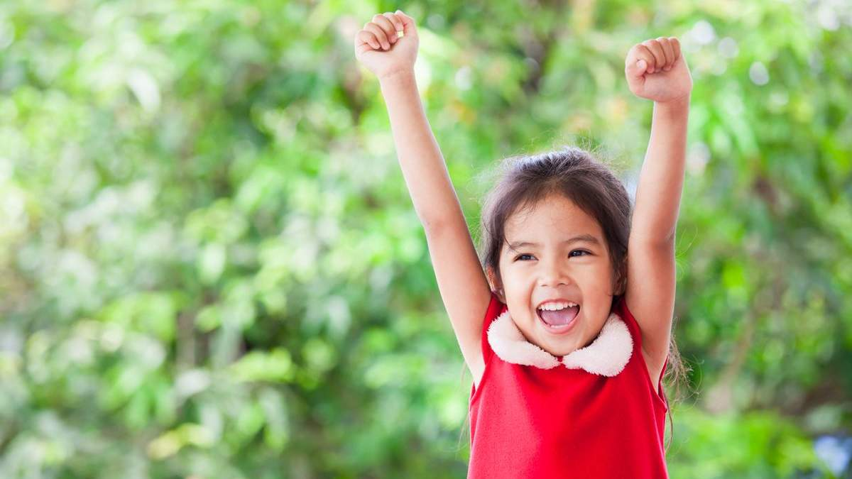 Як розвинути в дітях впевненість: важливі дії, які допоможуть батькам