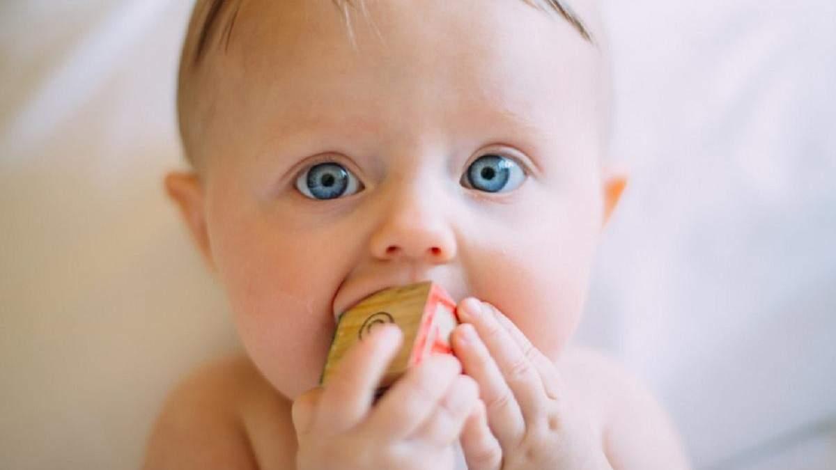 3 місяці дитині: що повинна вміти робити, особливості розвитку, зріст і вага