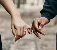 Как удивить любимого и добавить изюминку в ваши отношения: do and don'TS