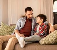 Мальчики не плачут и с ними труднее: от каких мыслей надо отказаться при воспитании сына