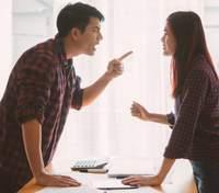 Головні ознаки тирана: на яку поведінку партнера потрібно звернути увагу