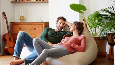 Як людина сама себе обдурює у стосунках: найпоширеніші приклади неправди
