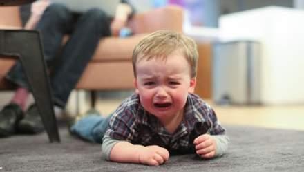 Дитяча істерика в людному місці: як реагувати та що робити батькам
