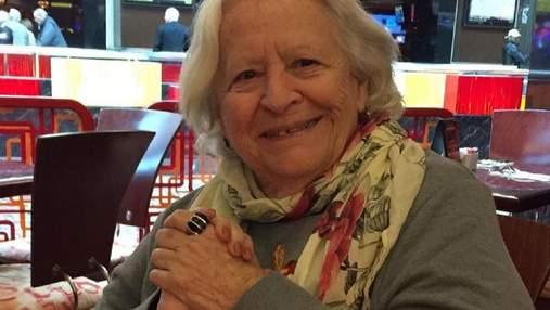 Вірусне відео: 88-річна бабуся показала, як потрібно святкувати день народження в самоізоляції