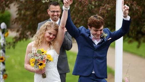 18-річний хлопець одружився, бо через хворобу йому залишилося жити кілька місяців: чарівні фото