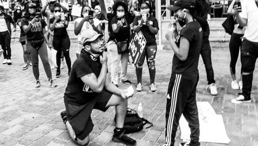 Хлопець неочікувано зробив пропозицію коханій під час протесту в США: милі фото